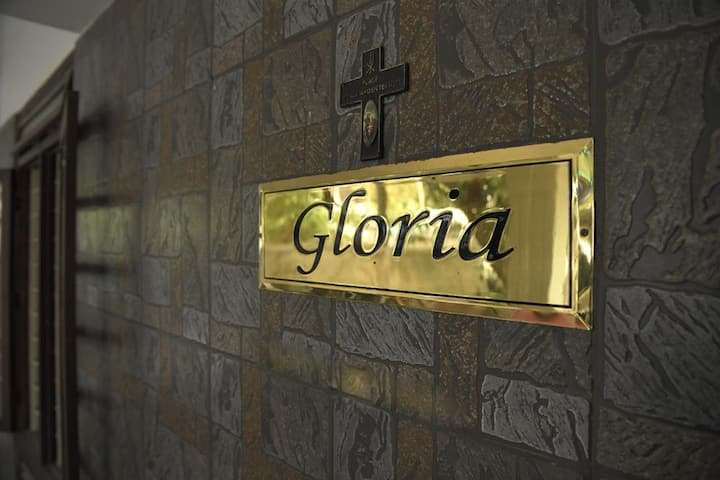 Gloria Homestay Thrissur