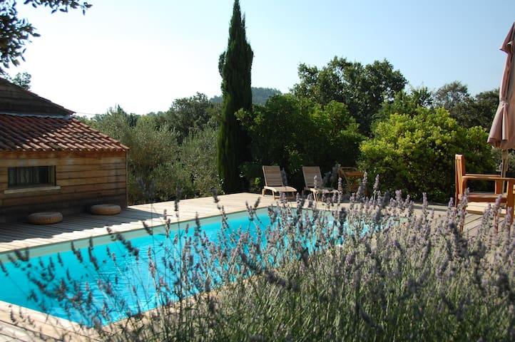 Villa d'architecte grand calme - Besse-sur-Issole