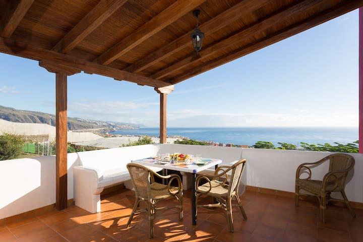 Casa canaria con piscina, para parejas o familias - Candelaria - Chalupa
