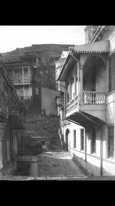 19th century's photo of the place (left side near the stairs)