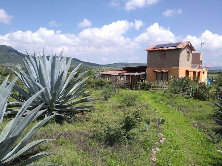 Habitación en Casa Ecológica en el Campo.