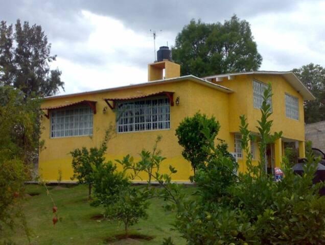 Casa Santa Ana Xochuca