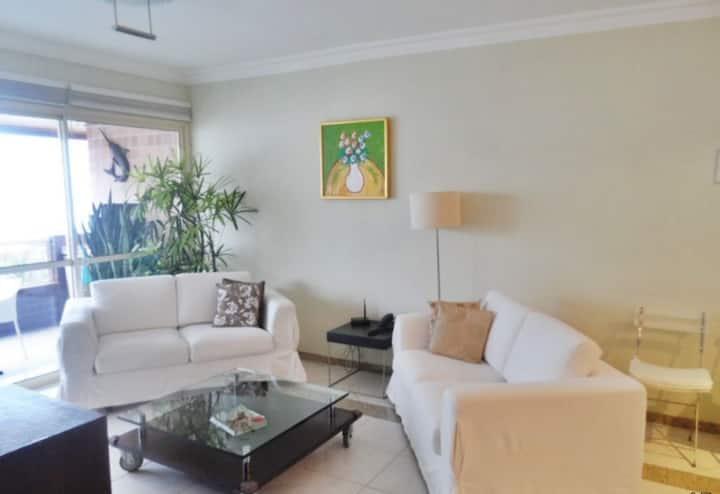 Excelente Apartamento de  3 dormitórios na Riviera