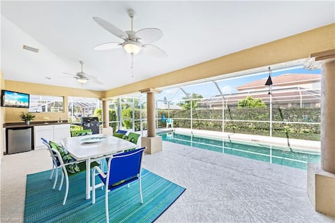 Sun-Splashed Private Retreat SW Pool Home!