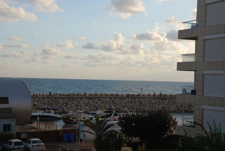 Holiday luxury suite Herzliya marin see view - Herzliya - Huoneisto