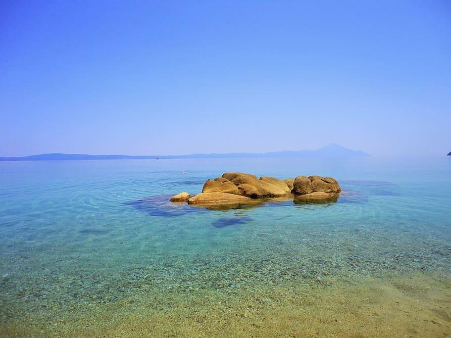 Fava beach, 6min away on foot