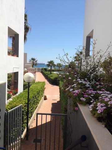 Apartamento en Urb. Playa de Baria - Vera