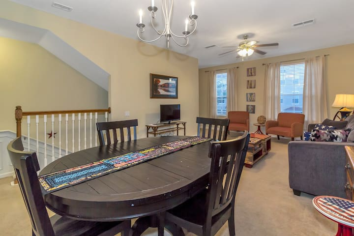 Convention Center Close - 5 bed