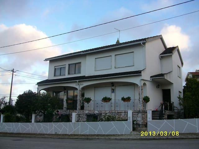 Maison de vacances - Charneca de Caparica - Haus