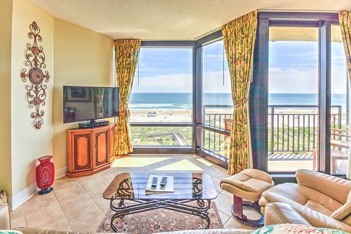 Oceanfront, luxury one bedroom condo.