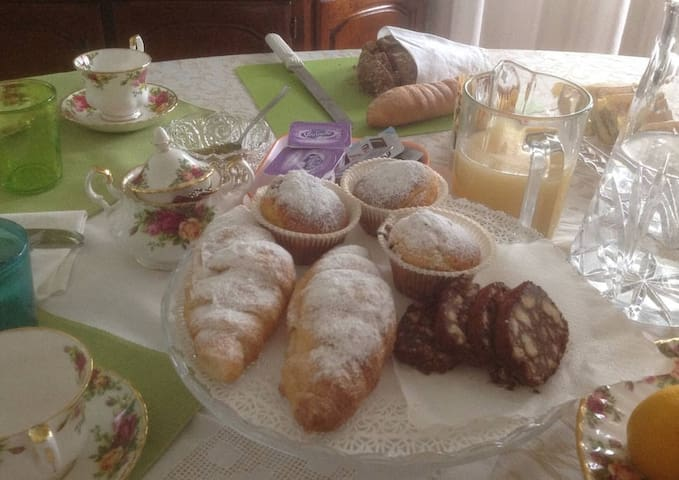 Elegante villetta a 50 minuti da Venezia - Cavarzere - บ้าน