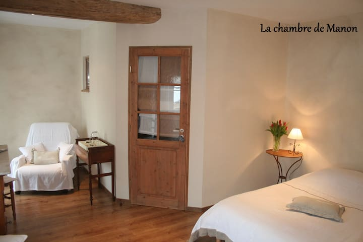 miracle of chambre hote caen | chambre