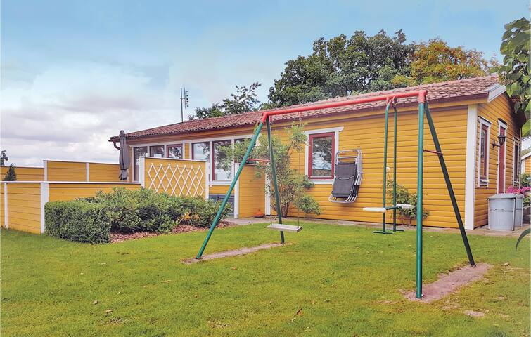 Holiday cottage with 2 bedrooms on 54 m² in Harlösa