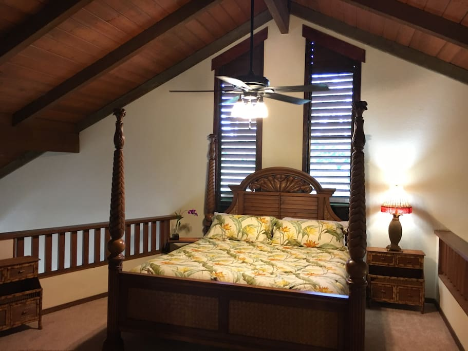 Master Bedroom:  Tommy Bahama Linens, Pineapple Poster Bed, Private Bath, Dresser and Large Closet