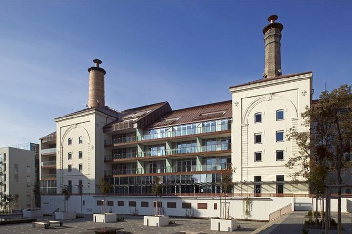 NEW 150 m2 PENTHOUSE+FREE breakfest&parking CENTRE - Praag - Appartement