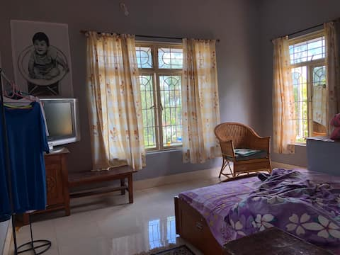 Cozy with a nature view near golden temple Coorg