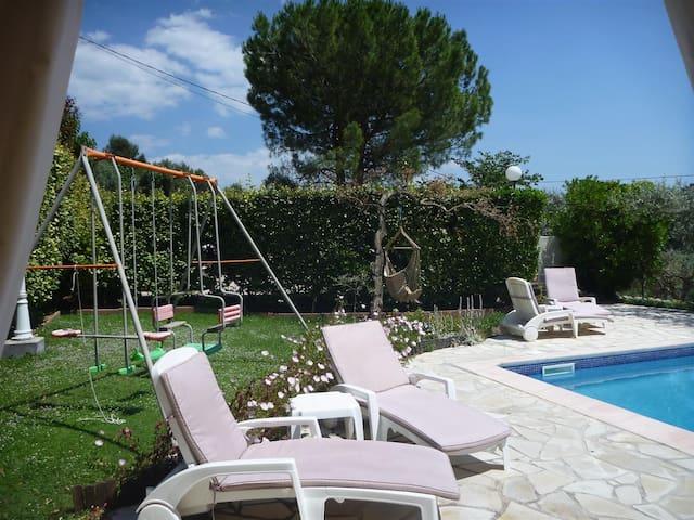 Chambre  d'hôte/gite Poussaraque près Cassis - Aix