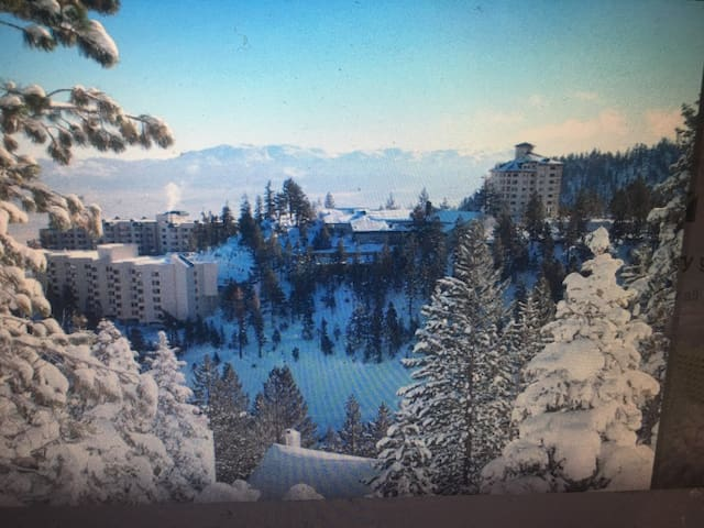 Tahoe lux resort condo,  ski on/off