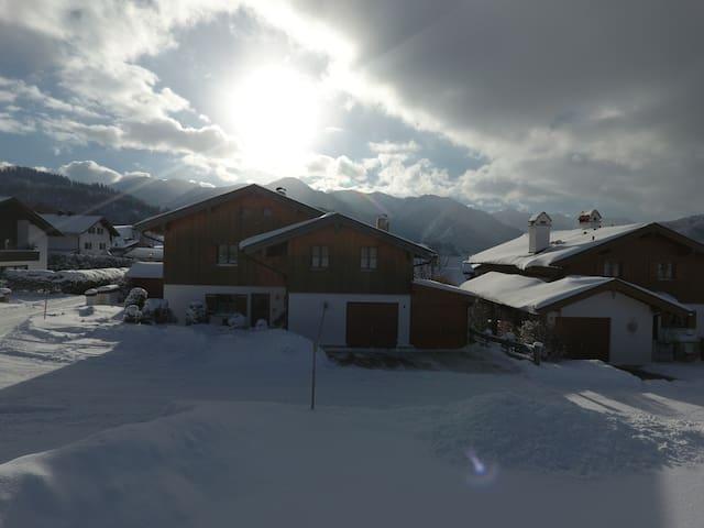 Traumferienwohnung in Fischbachau**SPECIAL** - Fischbachau - Apartamento