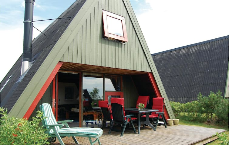 Holiday cottage with 2 bedrooms on 69 m² in Farsø