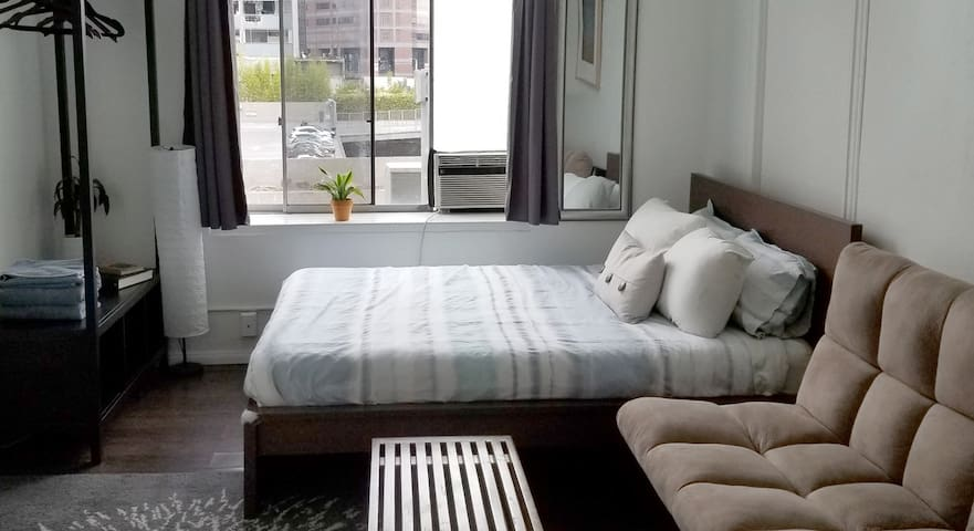 2-bedroom apt in Little Tokyo, Downtown LA