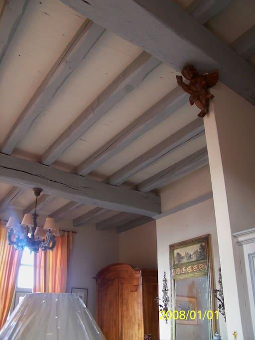 Hauteur des plafonds.