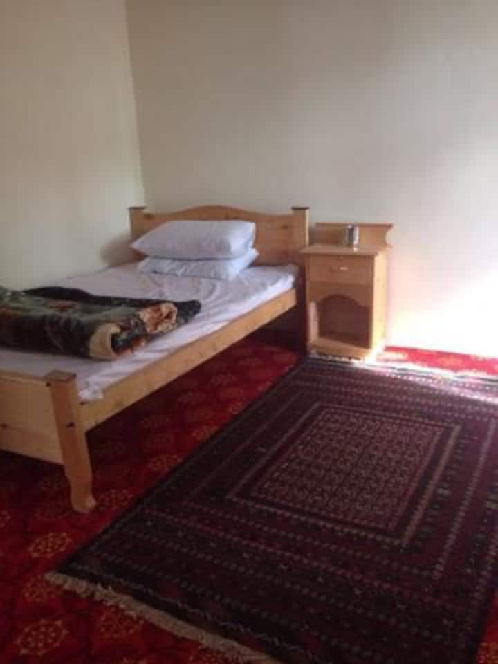 Juniper Hotel & Restaurant Booni, Chitral