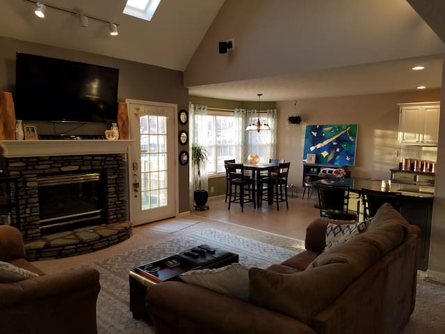 Open floor plan with great Basement