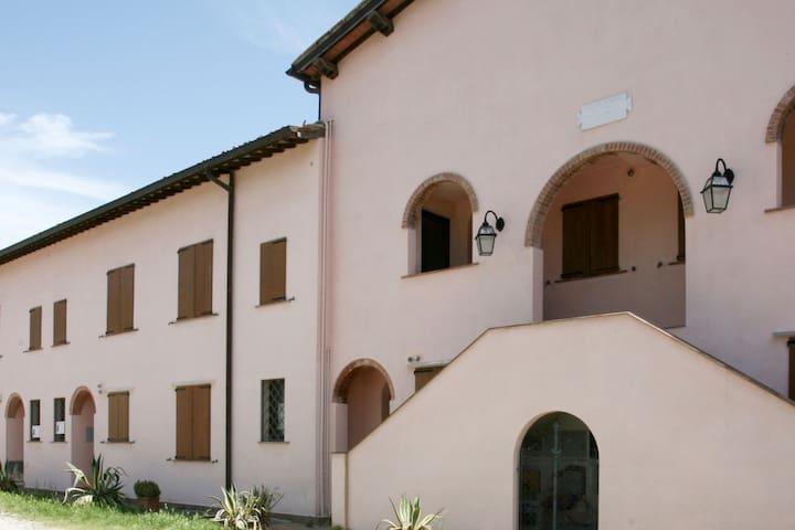 Capalbio Retreat: apartment 1 for six near the sea
