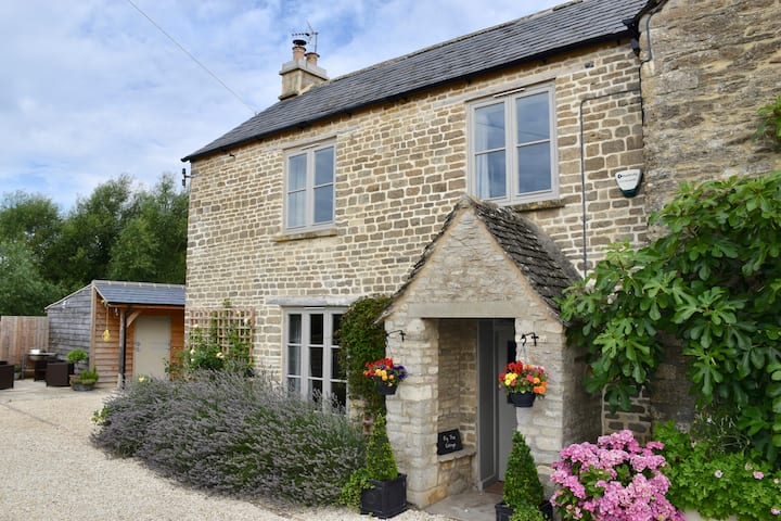 Fig Tree Cottage - Ashton Keynes, Cotswolds