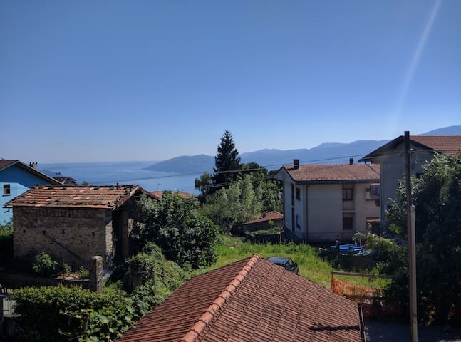 Holiday on Lake Maggiore - Bee - Apartment
