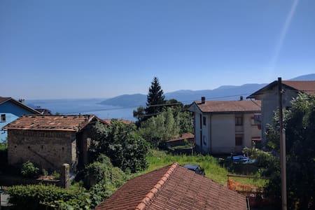 Casa vacanza sul Lago Maggiore a Bee - Bee - Byt