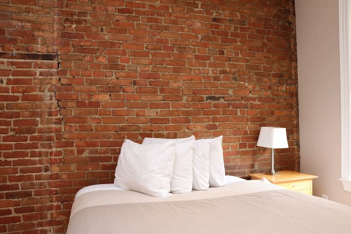 Stylish Downtown Studio in the SouthEnd, #8