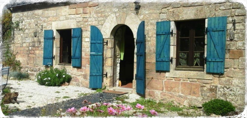 Room Mandragore - B&B La Fontaine Airmeth - Ploërdut - Konukevi