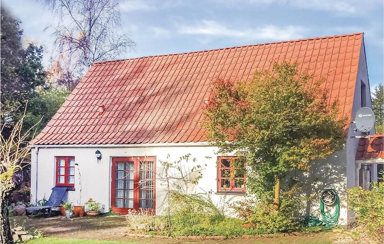 Holiday cottage with 3 bedrooms on 126m² in Ørsted