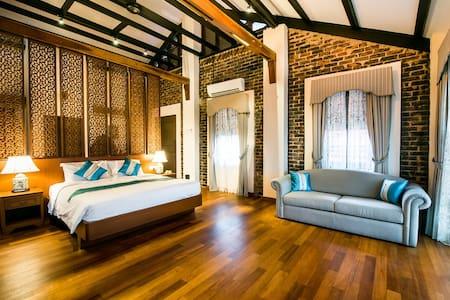Botanica Mansion ~ Smoke House - Balik Pulau