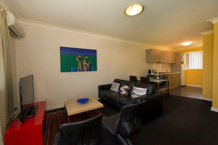 Mt Lawley 2 BR Affordable Luxury Minutes to CBD 6 - Inglewood - Apartment