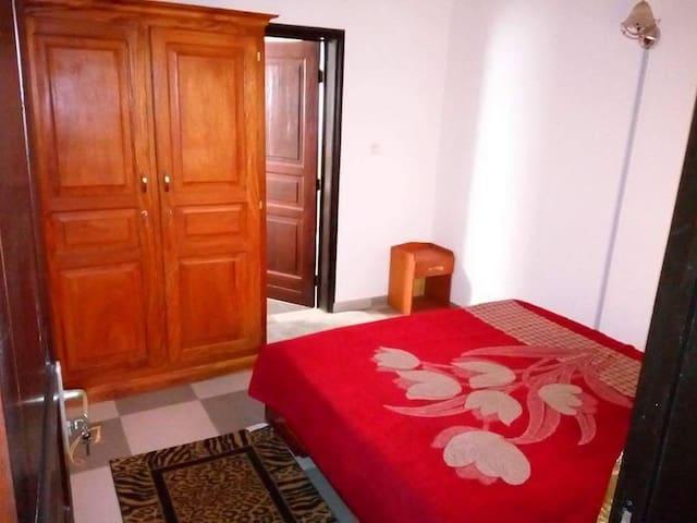 appartement 3 chambres, un salon à louer au Bénin