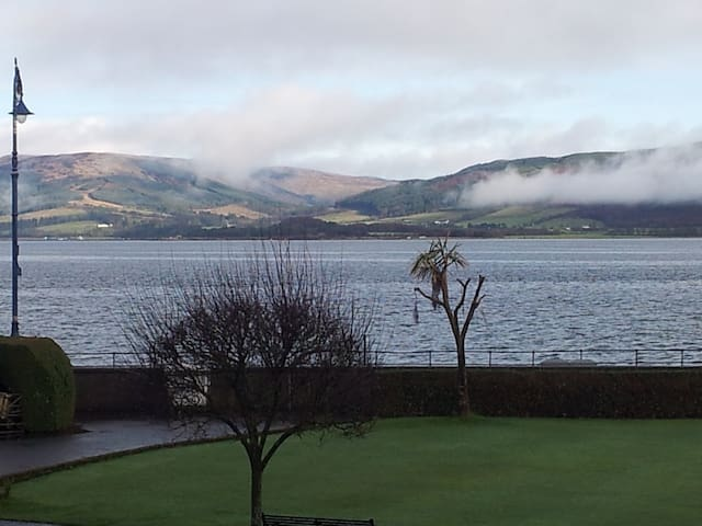 Bright flat, Sea and mountain views - Isle of Bute - Apartment