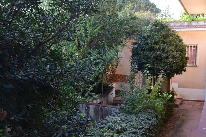 Dèpendance in villa - Fontane Bianche - Lejlighed