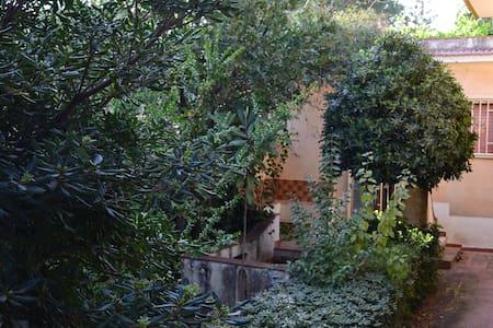 Dèpendance in villa - Fontane Bianche - Apartamento