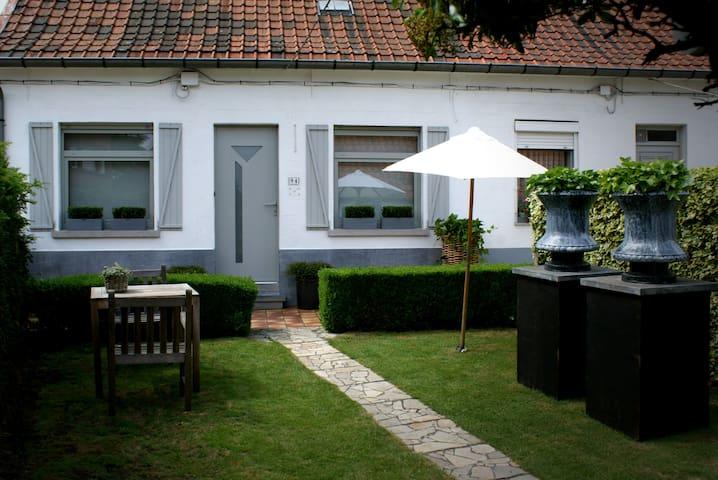 Cosy house near Kortrijk