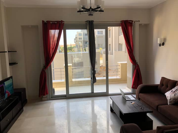 1 Bedroom AUC Village Gate Modern New Cairo - Trce