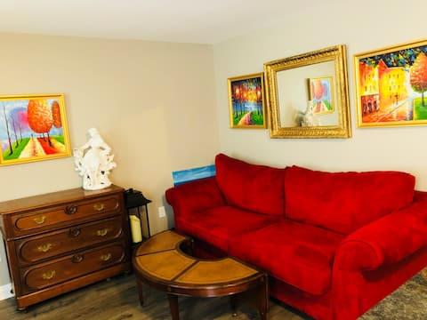 Awesome Renovated Apartment in Middleburg