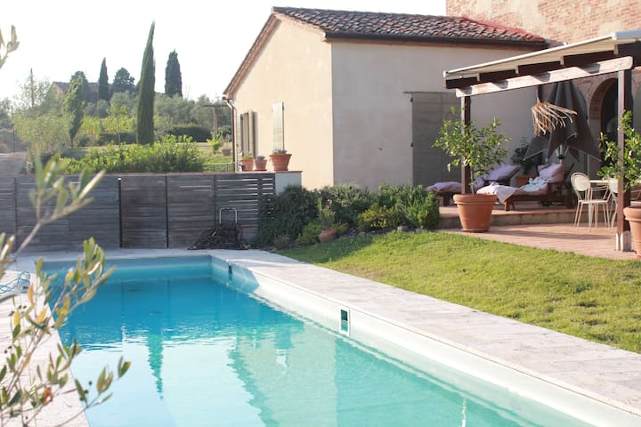 Tre Cipressi, House to Enjoy Tuscany in its beauty