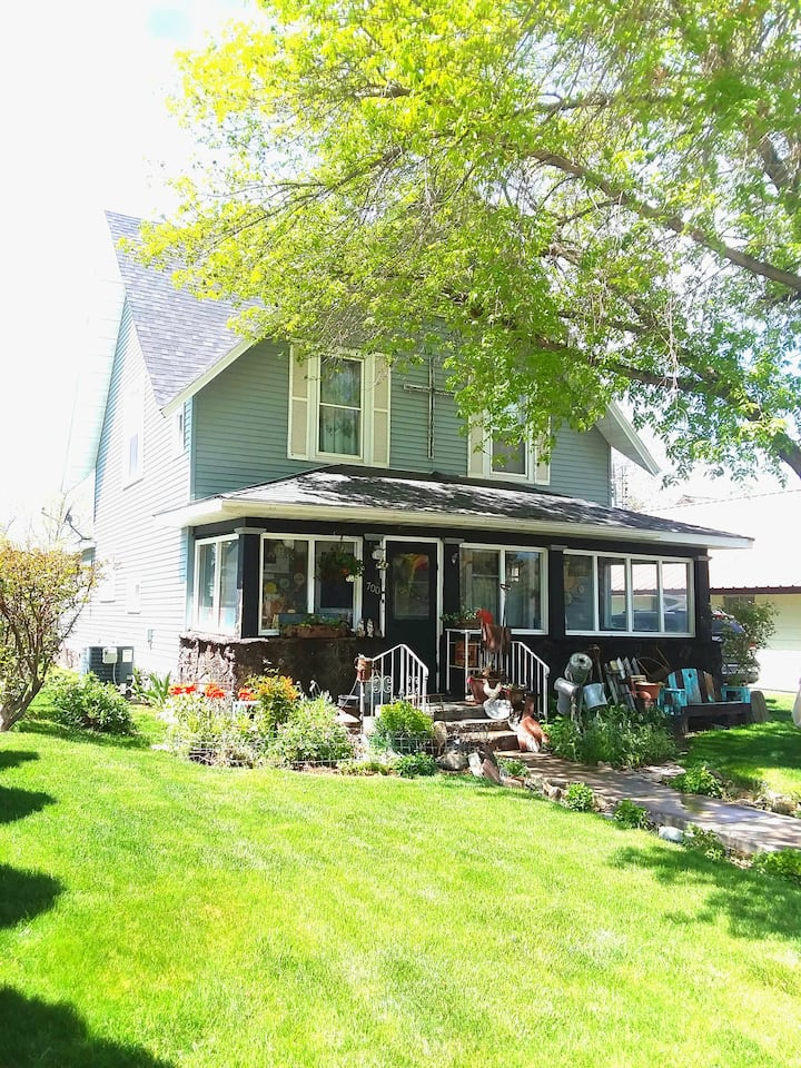 Charming historic home in quiet Filer, Idaho.