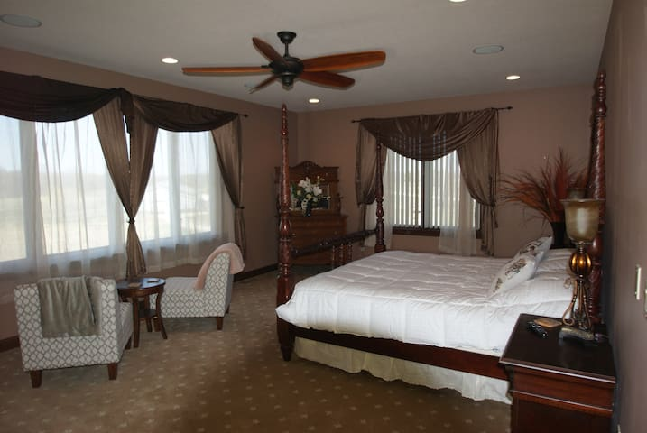 Luxury in a country setting mins from west Dm