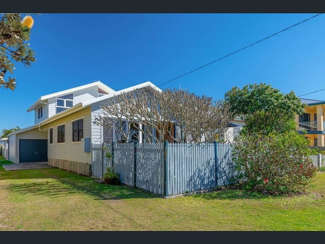 Full 4 bedroom home. Great new kids park directly across the road.