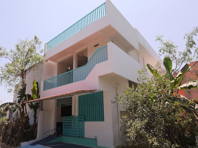 OYO - Sale! Cosy 1BHK Home in Thavalakuppam, Pondicherry