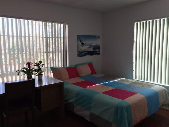 Nice bedroom with private bathroom for rent